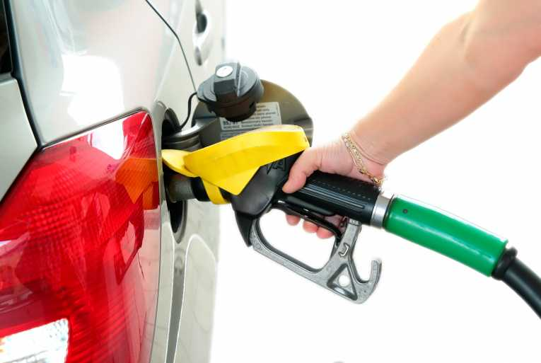 5 Tips for Saving Fuel in Your Car